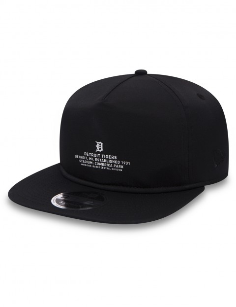 New Era Monochrome Script Cap in Black