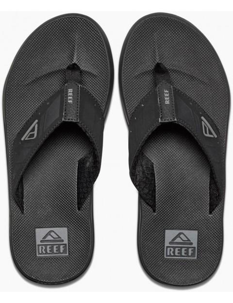 015ca2d569a Reef Phantoms Flip Flops in Black