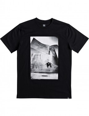 DC Tiago Switch Flip Short Sleeve T-Shirt in Black