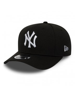 New Era New York Yankees Stretch Snap 9Fifty Cap in Black