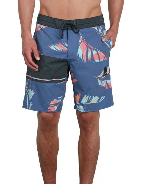Volcom 3 Quarta Stoney 19 Mid Length Boardshorts in Indigo