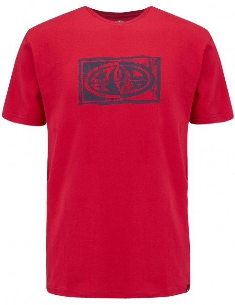 Animal Claw Short Sleeve T-Shirt in Rich Red