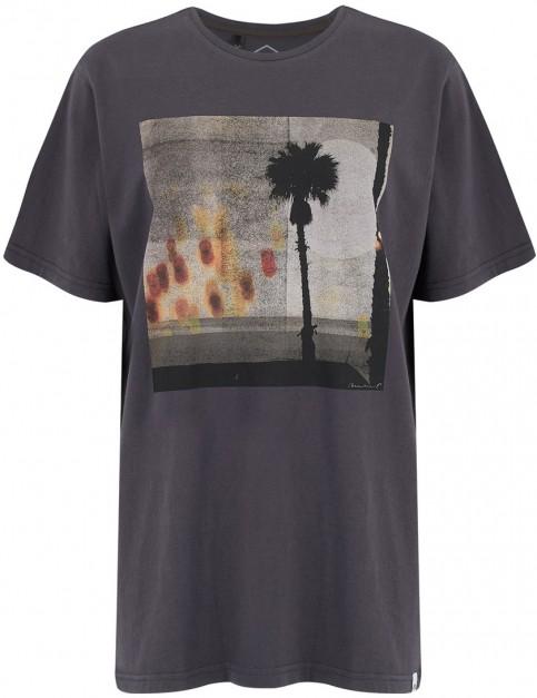 Animal Street Palm Short Sleeve T-Shirt in Asphalt Grey