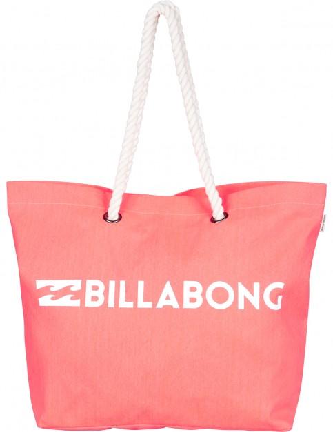 Billabong Essential Beach Bag in Horizon Red