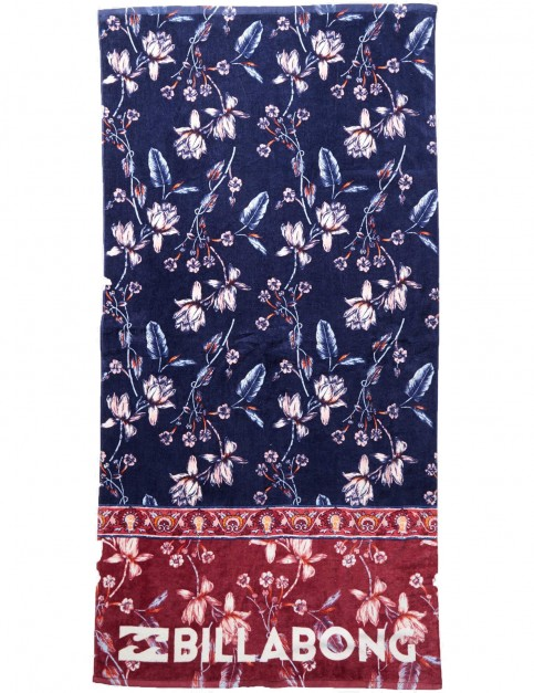 Billabong Lie Down Towel in Blue Jewel