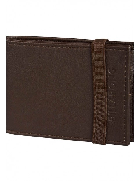 Billabong Locked Leather Wallet in Chocolate