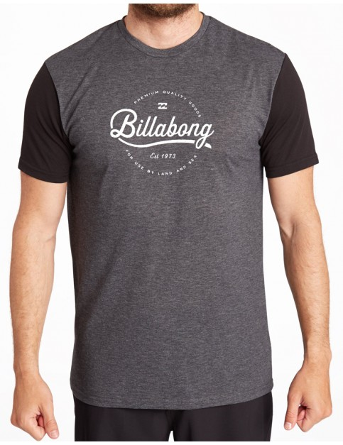 Billabong Outfield Surf Tee in Black
