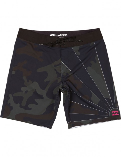 Billabong Sundays Mid Length Boardshorts in Camo