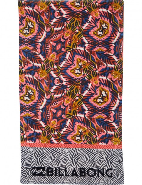 Billabong Unlimited Beach Towel in Paradise Pink