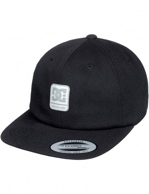 DC Roundballer Beanie in Black