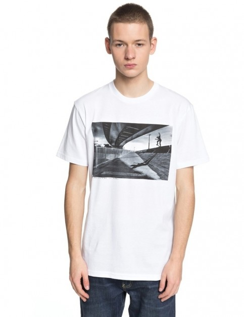 DC Wes Switch Blunt Short Sleeve T-Shirt in Snow White