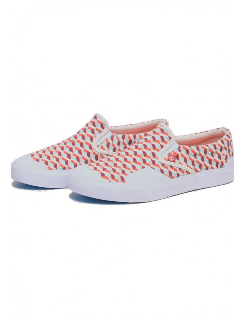 Element Spike Slip Spirit Trainers in Optic White