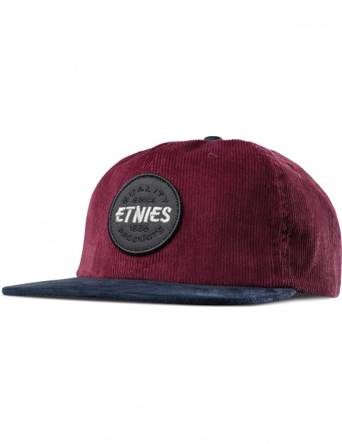 Etnies Patched Snapback Cap in Burgundy