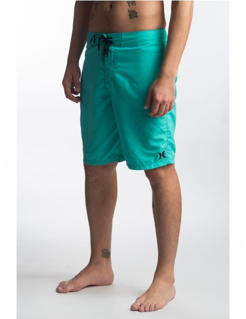 Hurley One & Only 2.0 21' Mid Length Boardshorts in Hyper Jade