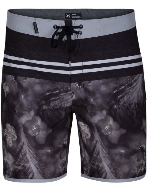 Hurley Phantom Drift 18inch Mid Length Boardshorts in Black