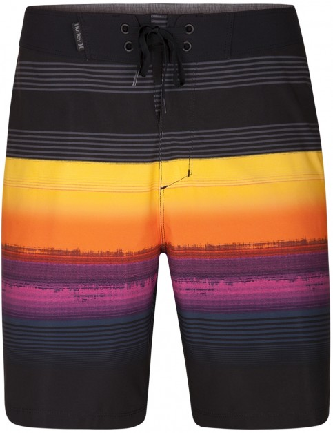 Hurley Phantom Gaviota 18'' Mid Length Boardshorts in Black
