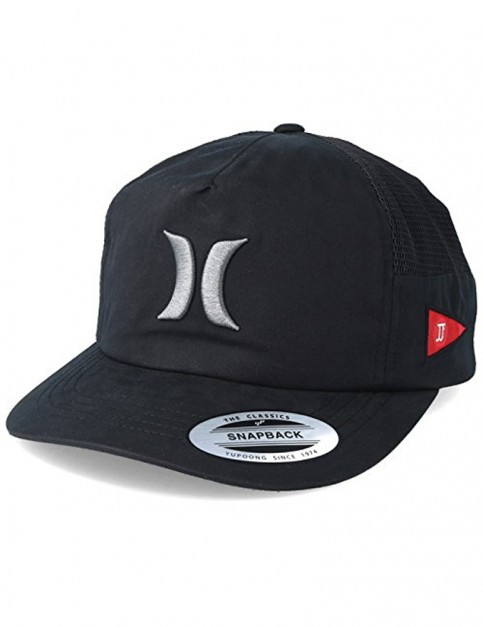 Hurley Jacare Trucker Cap in Black