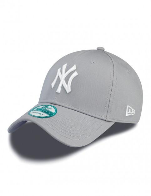New Era 9Forty MLB NY Yankees Cap in Grey/White