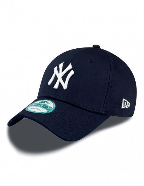New Era 9Forty MLB NY Yankees Cap in Navy/White