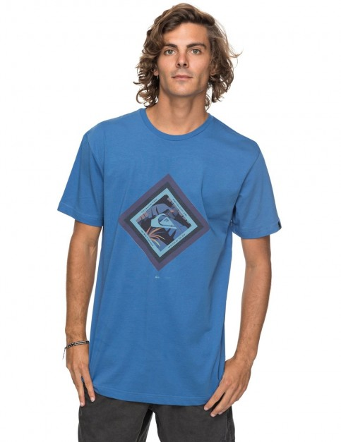 Quiksilver Classic Crimson Skyline Short Sleeve T-Shirt in Bright Cobalt