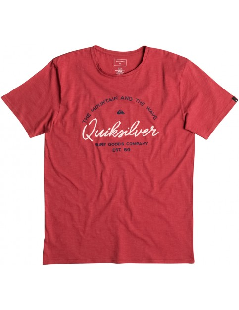 Quiksilver Hero Bay Short Sleeve T-Shirt in Cardinal