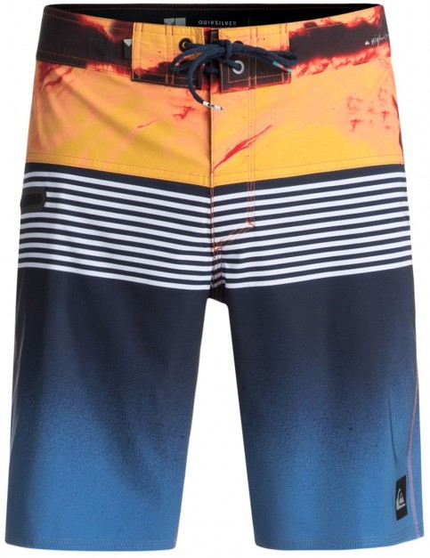Quiksilver Highline Lava Division 19inch Mid Length Boardshorts in Navy Blazer