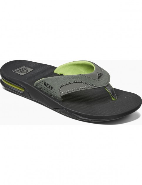 Reef Fanning Flip Flops in Black/Green