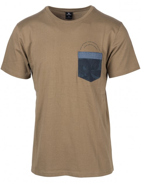 Rip Curl Ult Pocket Short Sleeve T-Shirt in Sepia