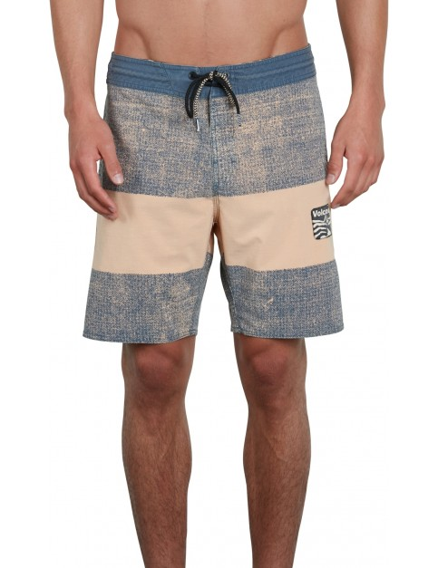Volcom Balbro'a Stoney 18 Mid Length Boardshorts in Pale Peach