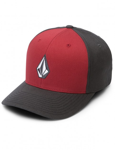 Volcom Full Stone XFIT Cap in Engine Red