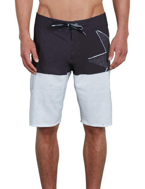 Volcom Lido Block Mod 21 Mid Length Boardshorts in Black White