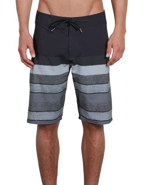 Volcom Lido Liney Mod 21 Mid Length Boardshorts in Black