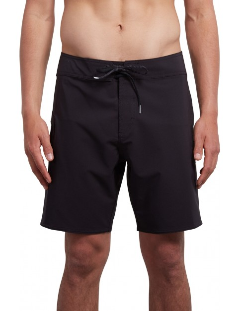 Volcom Lido Solid Mod 18 Mid Length Boardshorts in Black