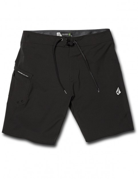 Volcom Lido Solid Mod 20 Mid Length Boardshorts in Black