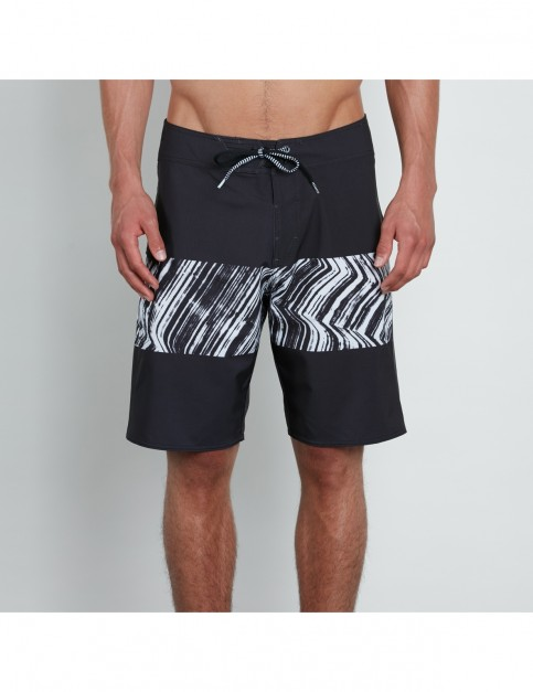 Volcom Macaw Mod 20 Mid Length Boardshorts in Black