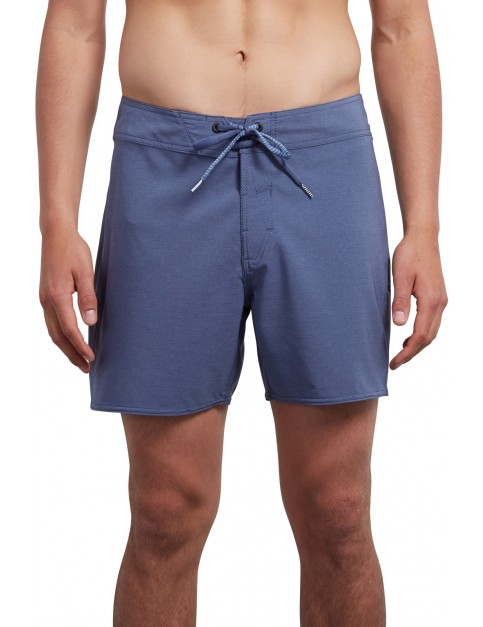 Volcom Macaw Mod Solid 16 Mid Length Boardshorts in Deep Blue