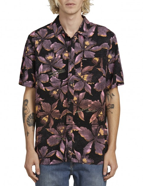 Volcom Resorto Vallarta S/S Short Sleeve Shirt in Neon Pink