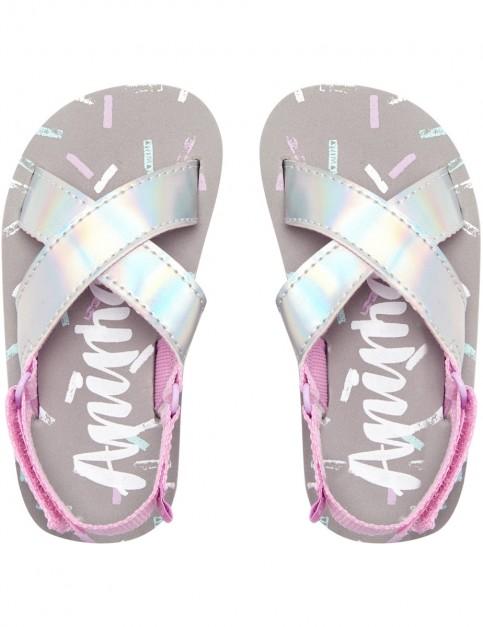 Animal Daisie Flip Flops in Petal Pink