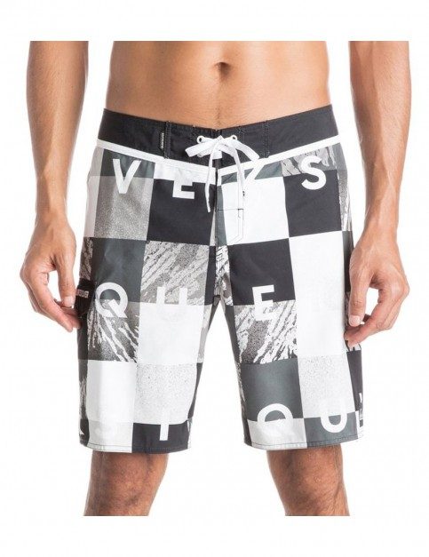 Quiksilver Check Remix 19 Mid Length Board Shorts in Black